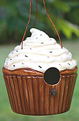 ceramic vanilla cupcake birdhouse