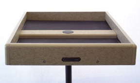 Made for poles or posts, using birdseed trays keeps feeding areas clean
