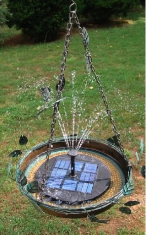 Make birds' holidays happy with a solar hanging bird bath