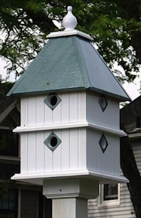 In durable vinyl, this dovecote birdhouse will host many successful broods