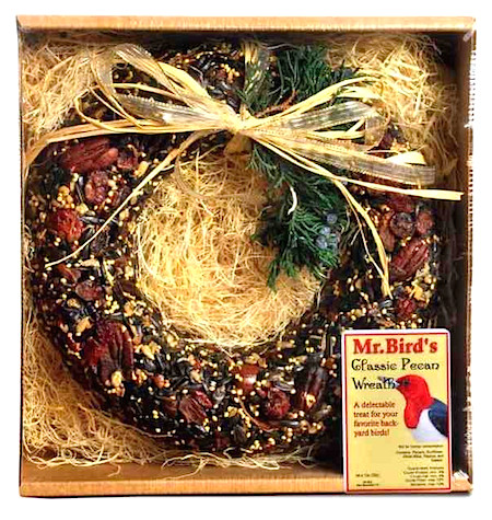Deluxe wild bird feeder with very bird-fiendly packing