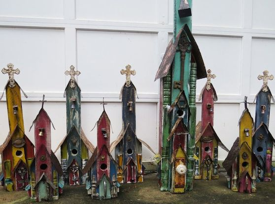 Rustic Wood Birdhouses are very bird-friendly