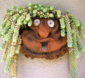 Troll Wall Pocket Planter